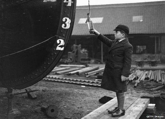 Inaugurating ship, bottle of champagne - smash