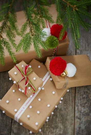 Fabulous Gift Wrapping Ideas #Christmas #GiftWrap #pompoms:
