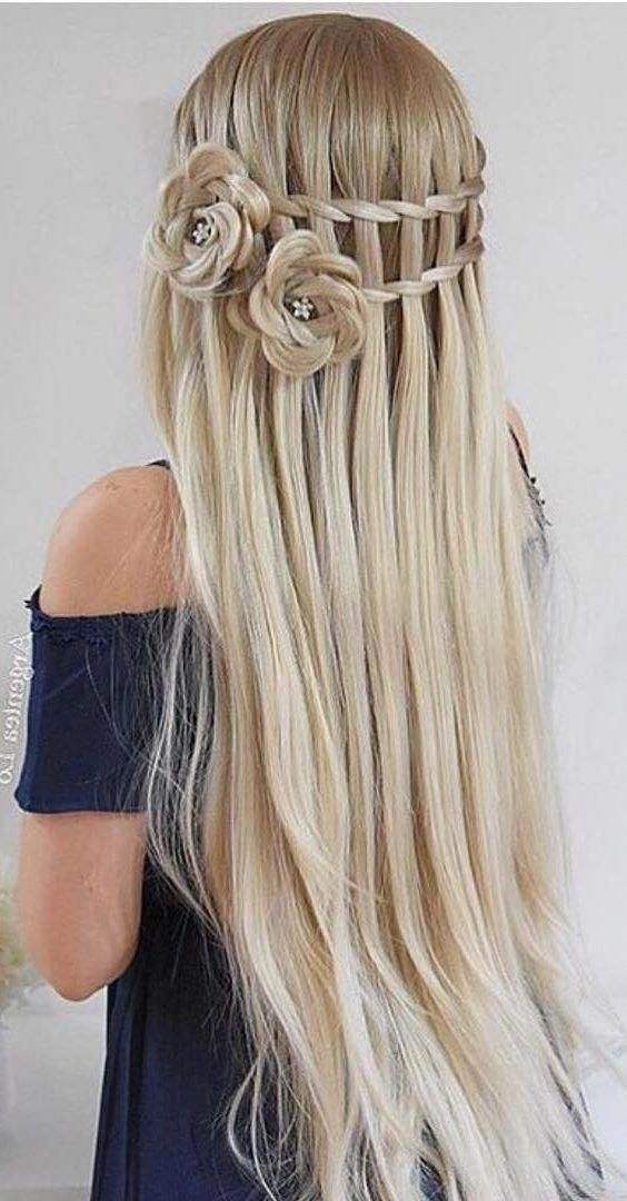 20 Rose Braid Hairstyles You Will Love In 2019 Who Does Not Love Flowers Prepare Yourselves To These Prettiest Rose Braided Hairstyles Hair Styles Rose Braid