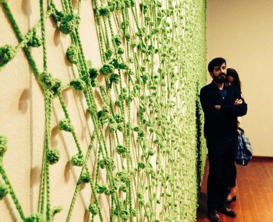 La Mentira. Instalación con lana. 2014 Noel De la Cara & geri  ph: Carolina Paradela