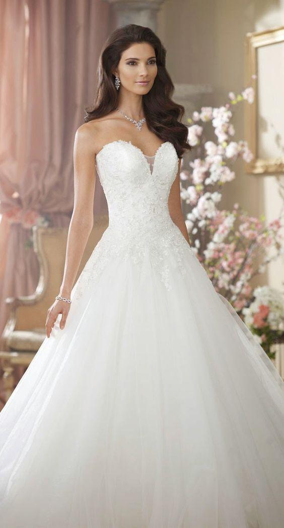 Herzcorsage mit Tüllrock, ein romantischer Look für Ihr Brautkleid, der immer wieder begeistert