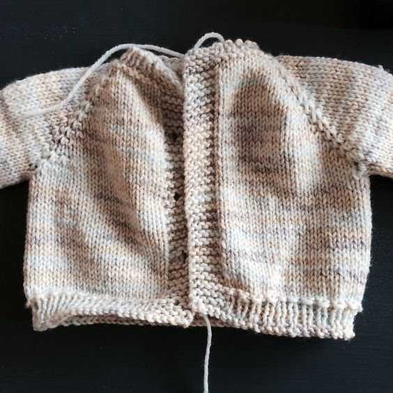 Ravelry: Project Gallery for Five Pound Baby Cardigan pattern by Carole Barenys