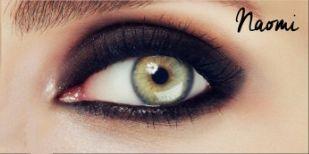 eyeliner naomi