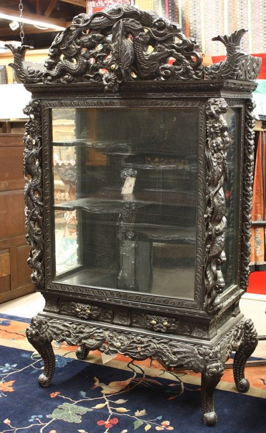 Japanese export wooden display cabinet meiji period with