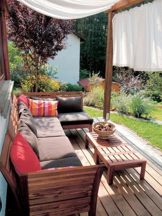 pplar gartenm beln mit ein paar orientalische accessoires ist es dann perfekt balcon a l. Black Bedroom Furniture Sets. Home Design Ideas