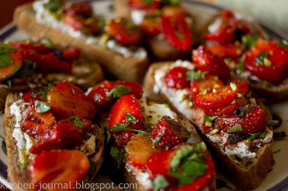 KITCHEN JOURNAL: Strawberry ricotta crostini | recipes | Pinterest ...