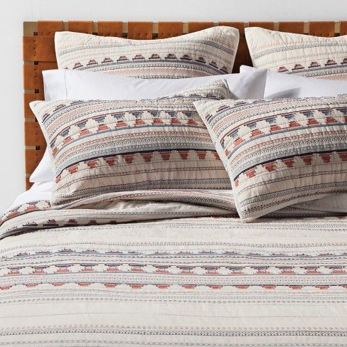 Bring New Life To Your Bedroom By Swapping Out Your Old Bed Cover For The Coral Woven Jacquard Quilt From Opalhou Bed Linens Luxury White Linen Bedding Pillows