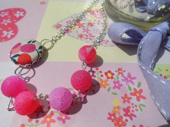 *Flower* Stoffknopf versilberte Kette perlen Pink von Happy Lilly auf DaWanda.com