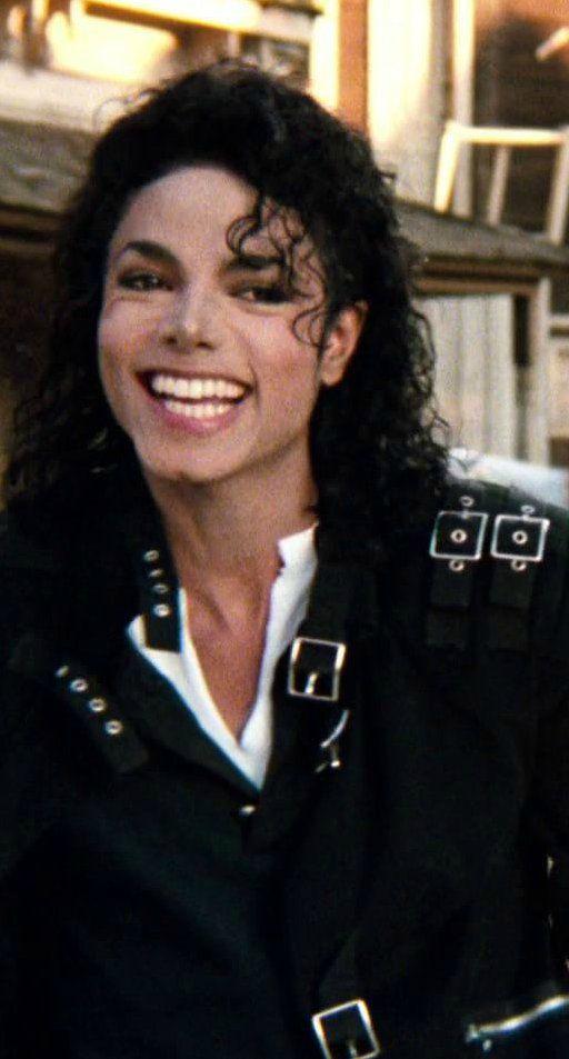 満面の笑顔のマイケルジャクソン