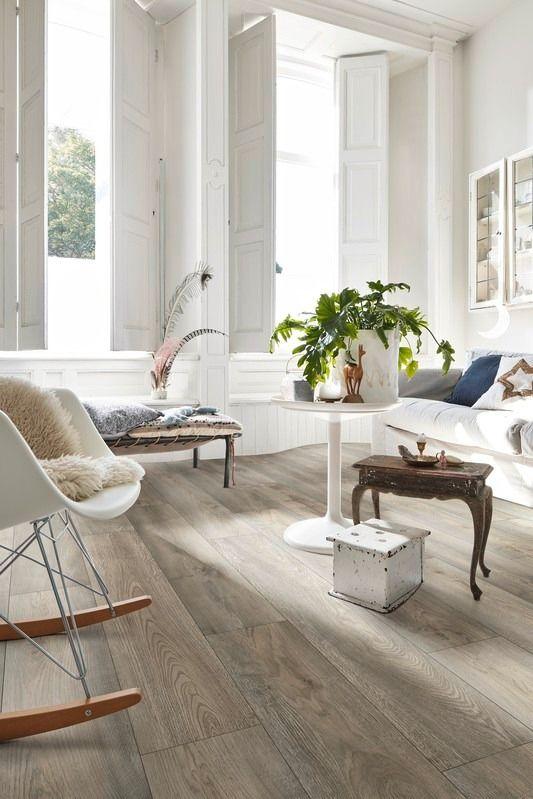 Laminatboden Ist Lichtecht In 2020 Vinylboden Wohnzimmer Boden Venyl Boden Grau