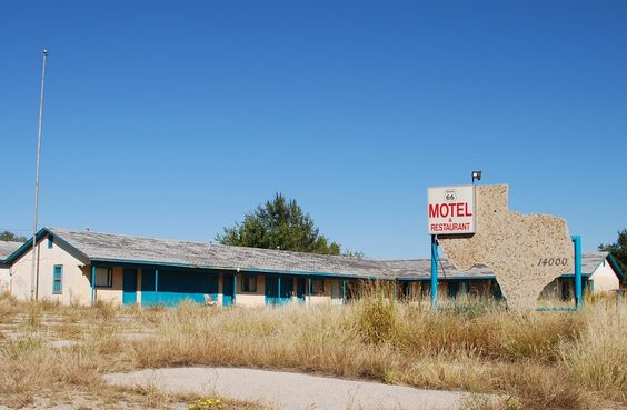 """"""" Texas Motel """" in McLean Texas  """" Route 66 on My Mind """" http://route66jp.info Route 66 blog ; http://2441.blog54.fc2.com https://www.facebook.com/groups/529713950495809/"""