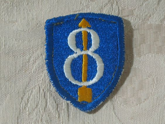 "MILITARY SHOULDER PATCH 8th Infantry ""Pathfinder""  Division Vietnam Era Used  Junk_587  http://ajunkeeshoppe.blogspot.com/"