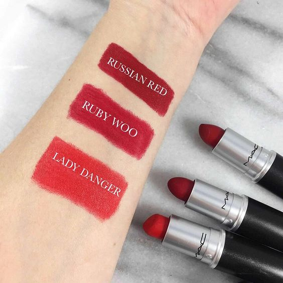 MAC RED LIPSTICK MUST HAVES(can totally go without the last coral-red, but Russian and Woo? Classic!!)