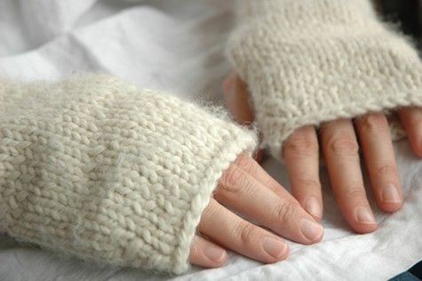 A simple pattern for fingerless mittens designed for a knitting party. It tak...