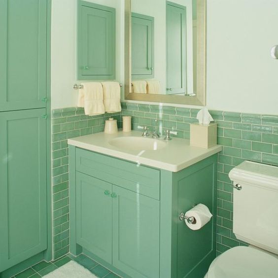 Badezimmer Ideen Zum Dekorieren In Mintgrun Grune Badfliesen