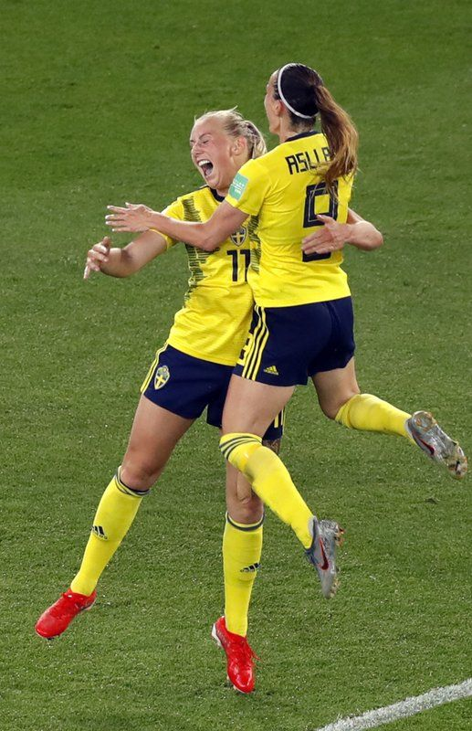 Sweden S Stina Blackstenius Celebrates With Kosovare Asllani Right After Scoring The Opening Goal Dur Women S World Cup Fifa Women S World Cup Women S Soccer