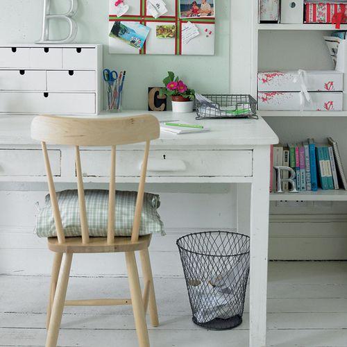 Sweetie desk
