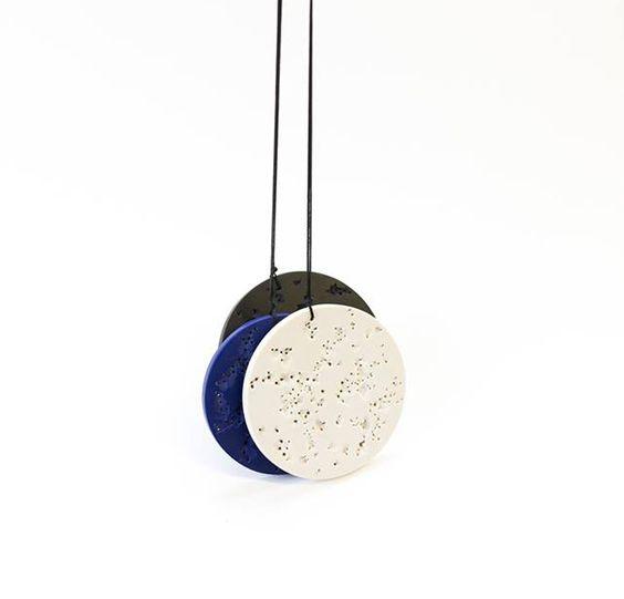 Patrícia Domingues Pendant: 3 pendants, 2016 Coral, Lapiz Lázuli, Onix recon: