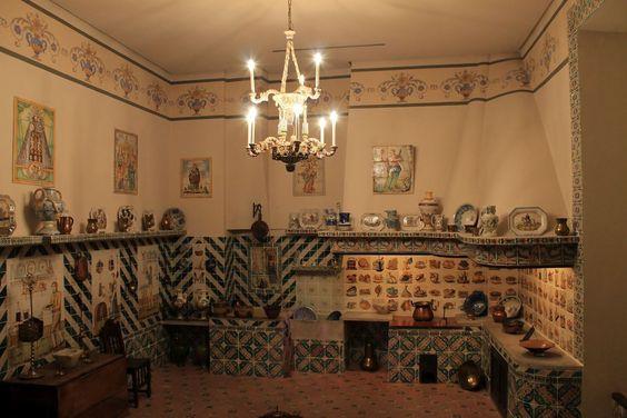 Museo Nacional de Cerámica y Artes Suntuarias González Martí в Валенсии: