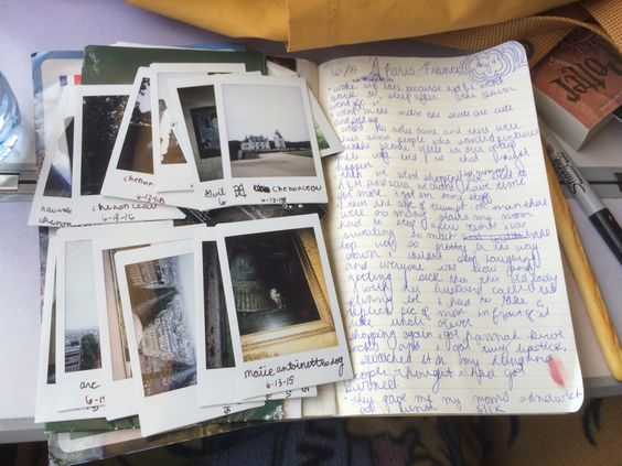 Help me.i need some tips on writing a journal.?