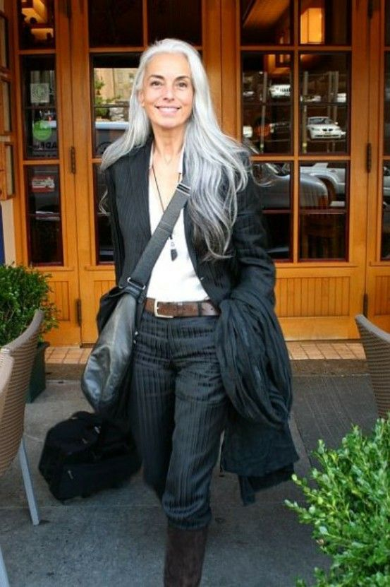 Long white hair - I love this-- inspiring! I want to look that good when I'm older!