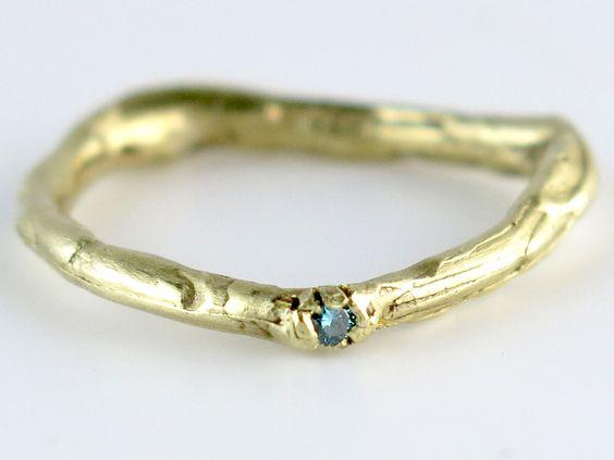 -Takjes- verlovingsring met blauwe diamant shop with pb at www.liesbethbusman.nl