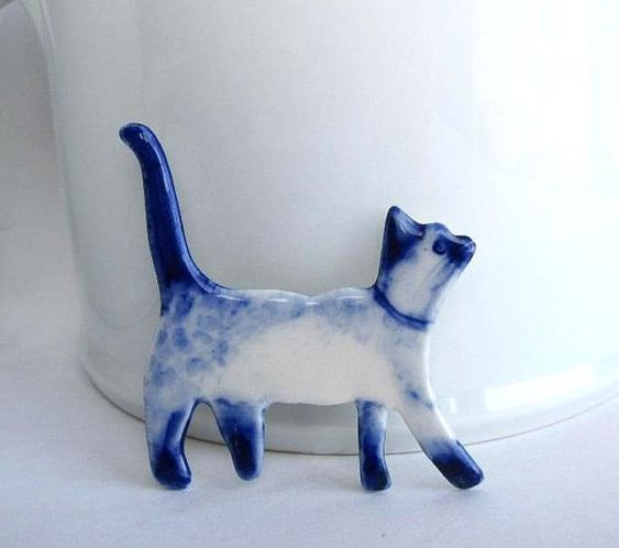 Handpainted Delft porcelain Brooch Siamese Cat by HarrietDamave, $45.00: