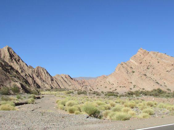 Catamarca, ruta 60, Valle de Chaschuil, camino a Cortaderas
