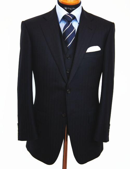 ブリティシュモードのスーツ