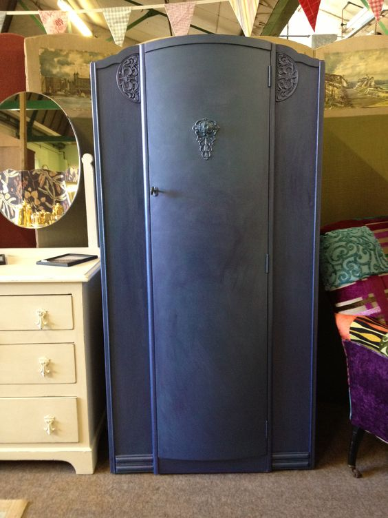 Peacock wardrobe - layered paint effect