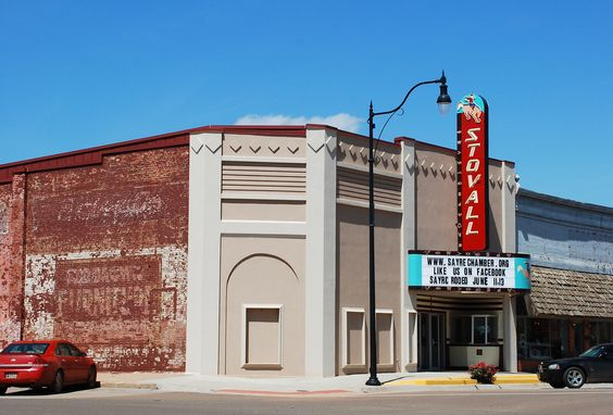 """ Stovall Theater "" in Sayre Oklahoma    "" Route 66 on My Mind "" http://route66jp.info Route 66 blog ; http://2441.blog54.fc2.com https://www.facebook.com/groups/529713950495809/"