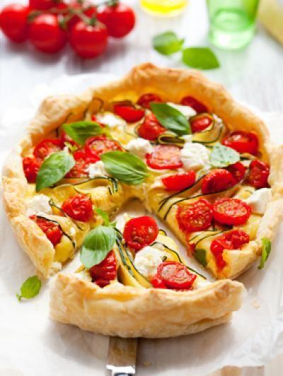 750 grammes vous propose cette recette de cuisine : Tarte au Chavroux, tomates et courgettes. Recette notée 3.9/5 par 137 votants et 1 commentaires.: