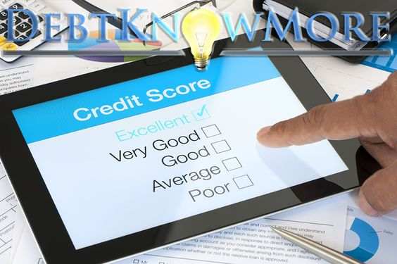 How To Reach The Excellent Credit Score Range The main belief amongst consumers is that in order to achieve an excellent credit score range, you must carry a balance from one month to another on your credit cards while paying interest.  http://www.debtknowmore.com/credit-score-range/