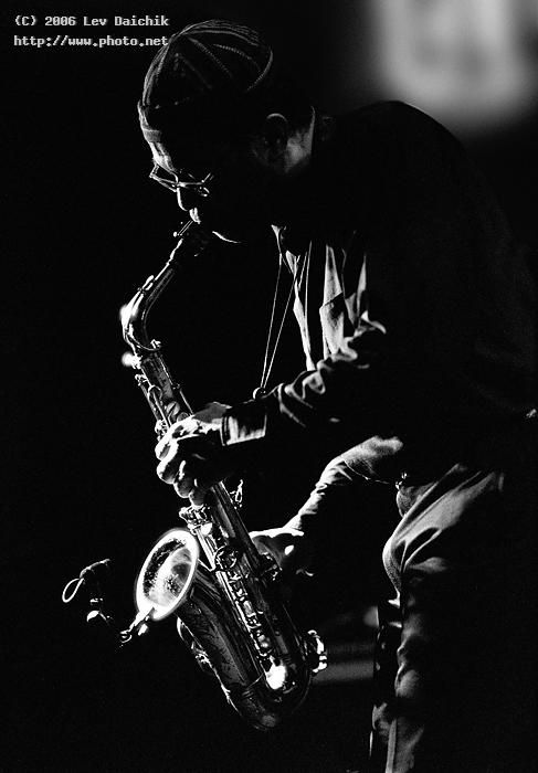 Photography Community Including Forums Reviews And Galleries From Photo Net Musician Photography Jazz Artists Musician Portraits