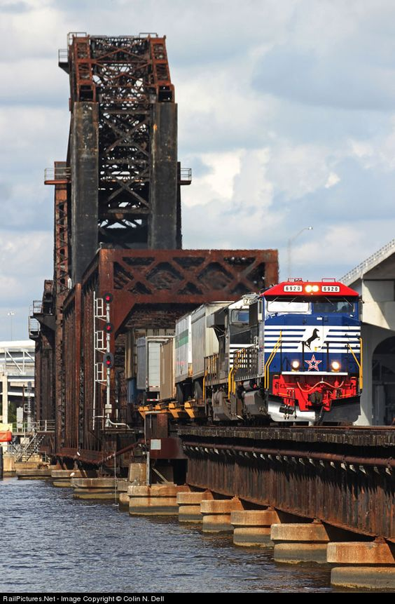 Railpictures Net Photo Ns 6920 Norfolk Southern Emd Sd60e At Jacksonville Florida By Colin N