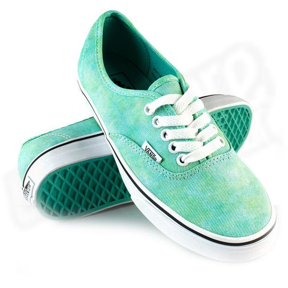 Tênis Vans Authentic Feminino Mint Green ❤ liked on Polyvore featuring shoes, sneakers, vans, sapatos, chaussures, mint sneakers, vans trainers, vans footwear, mint green shoes and vans shoes