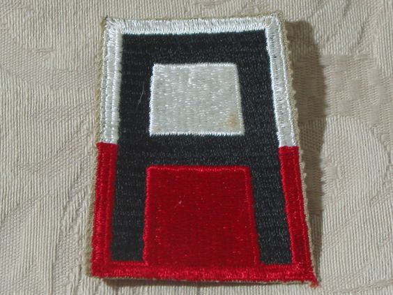 MILITARY SHOULDER PATCH 1st ( First ) United States Training Army Vietnam Era  Junk_616  http://ajunkeeshoppe.blogspot.com/