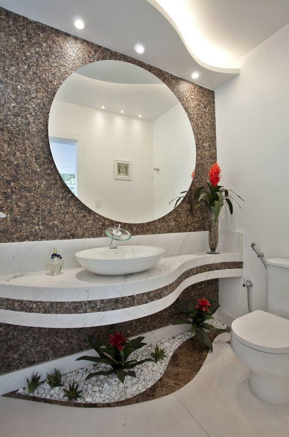 Jardim de inverno com plantas artificiais em banheiros e lavabos  veja model -> Banheiro Pequeno Com Jardim De Inverno