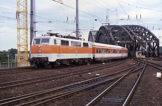 From Wikiwand: Rhine-Ruhr S-Bahn