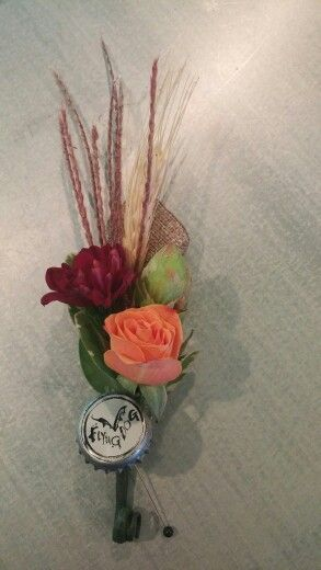 Boutonniere with fresh hops, mum, rose and craft beer cap!