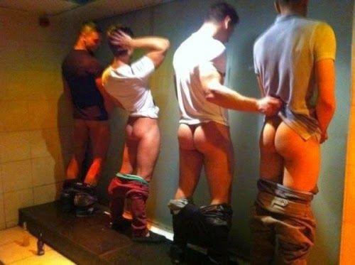 Men piss in groups — img 4