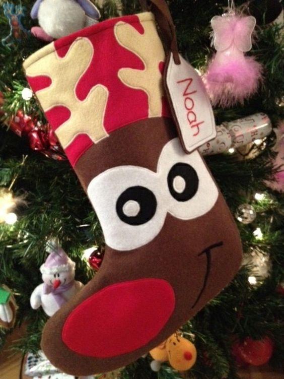 bastelideen f r weihnachten nikolausstiefel n hen aus filz weihnachtshirsch n hen pinterest. Black Bedroom Furniture Sets. Home Design Ideas