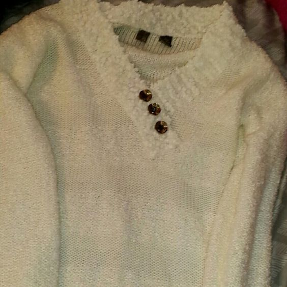 Sweater White with gold buttons BKE Sweaters
