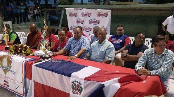 Dan inicio Copa de béisbol Enrique Cruz