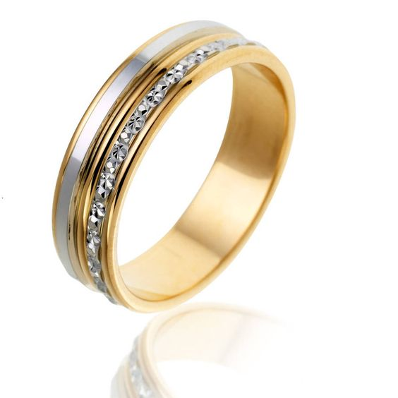 Style moderne - Manège à Bijoux  Petites idées pour un mariage de ...