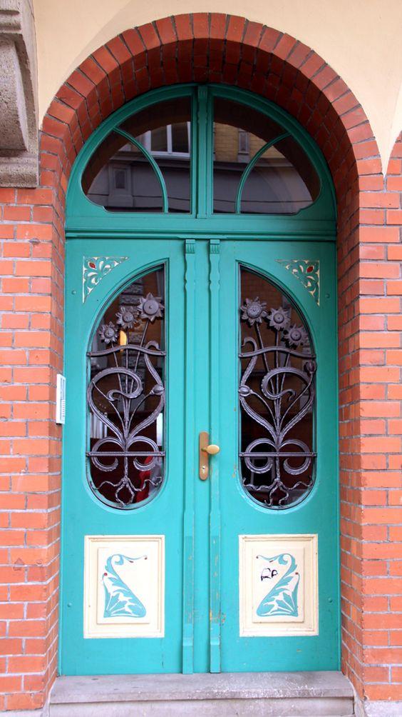 doorway #2 Eisenach  Love these doors