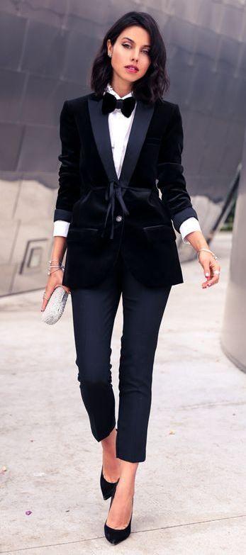 black and white outfit idea : shirt + heels + pants + velvet blazer
