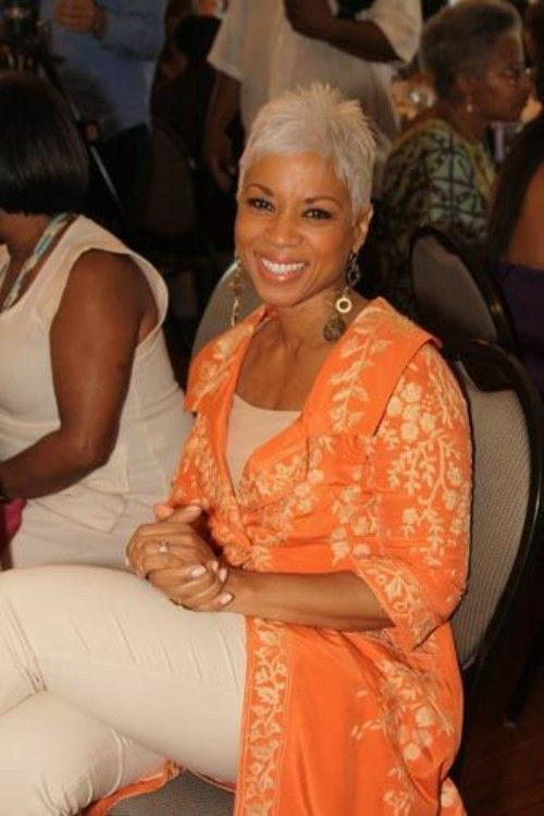 After a certain age, choosing hairstyles become an agony for most of the women of all ethnicities. When you are over 50, when you are a black woman, when your hair color has turned into gray, when you like short hairstyles and when you like to be as beautiful as a youth with your hairstyles, just follow the article. In this article, we will discuss the secrets of staying beautiful after 50 with the cutest short hairstyles for black women.