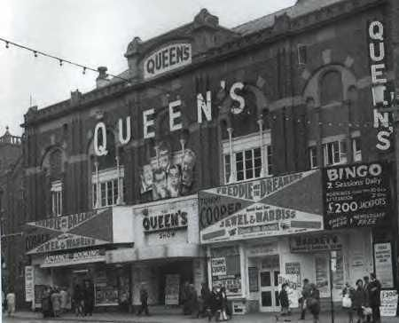 4th Aug Queens Theatre, Blackpool the 1st of 2 gigs here, now C& A