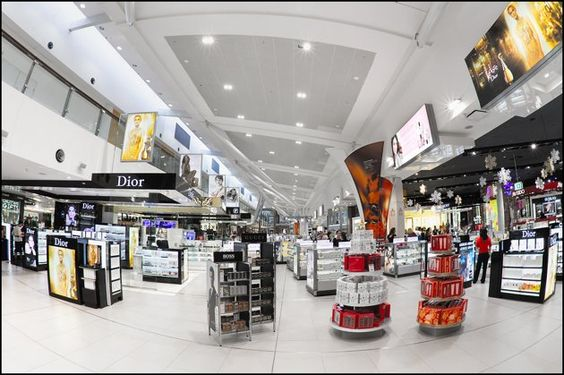 20. Sydney Airport    Serving Australia's largest city, the three-terminal Sydney Airport completed a $500 million redevelopment in 2010. (Photo: Flickr/Pedro Szekely)